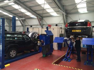 PTA Garage Services Folkestone is a state-of-the-art fast-fit centre